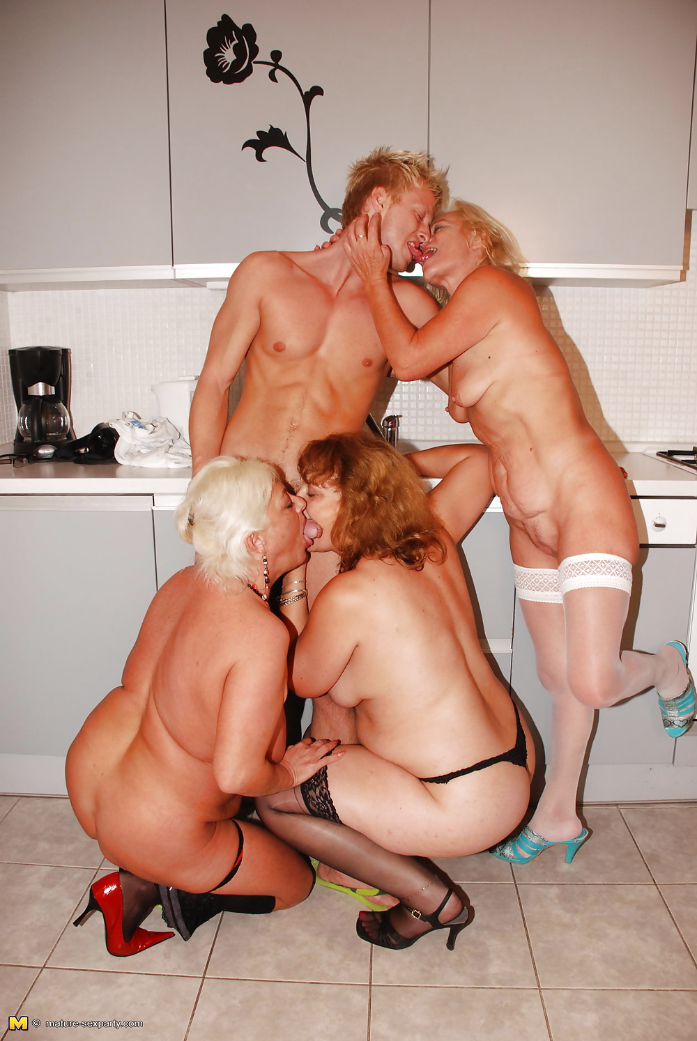 Granny Group Sex Galery Images, Free Granny Group Fuck Galery, Free
