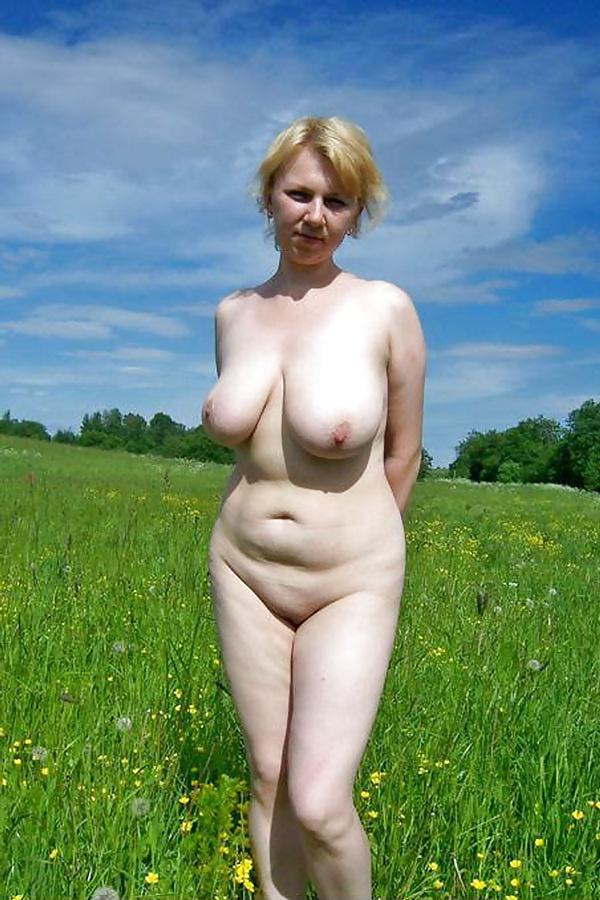 Смотреть фото голая простая русская деревенская женщина онлайн порно