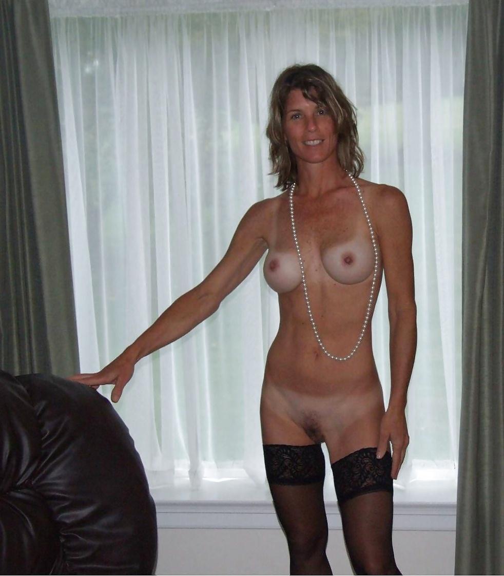 amature-wife-nude-tan-lines