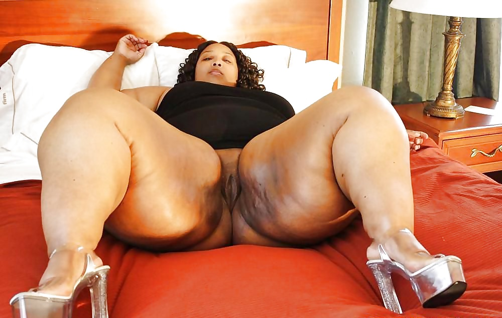 Bbw legs nude — photo 3