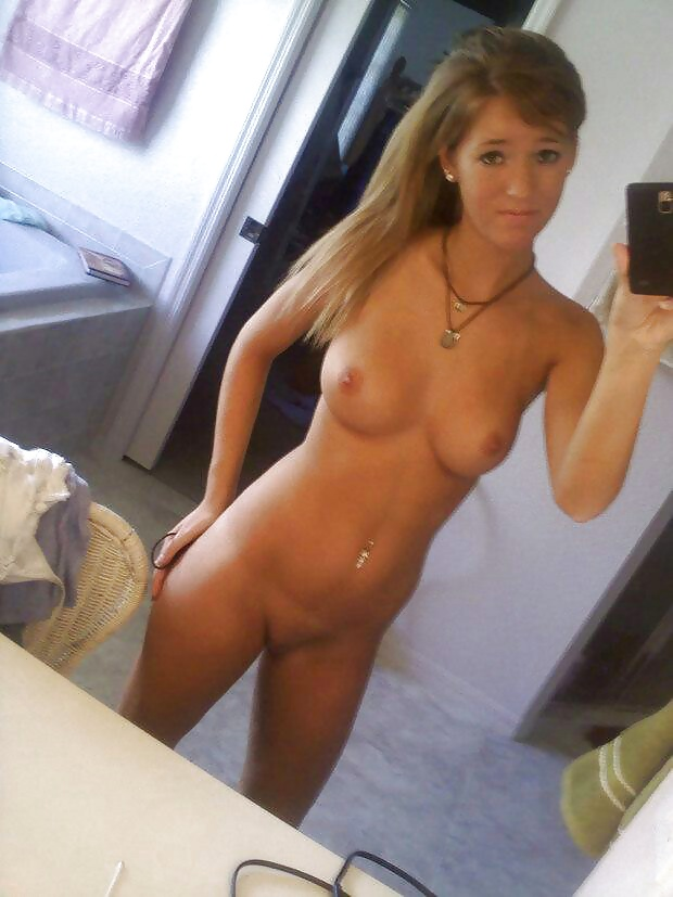 Gallery of hotties posing in nude self