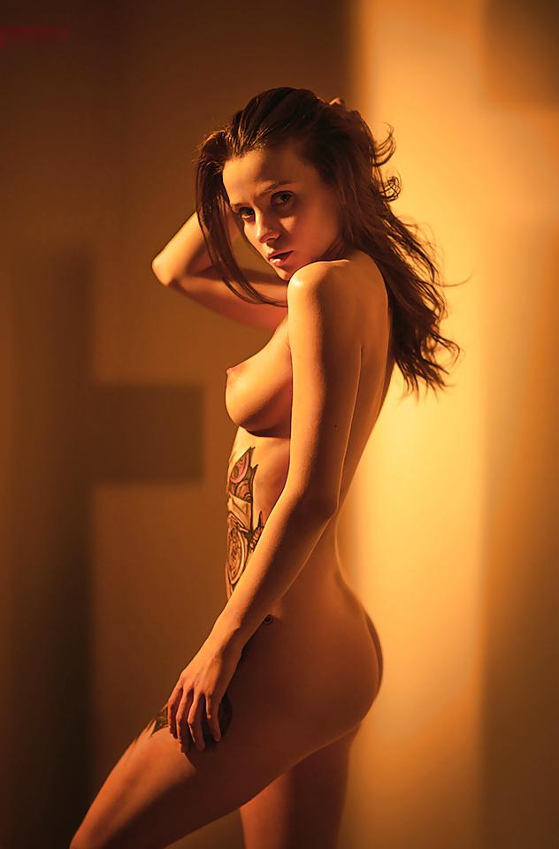 Nude pumps