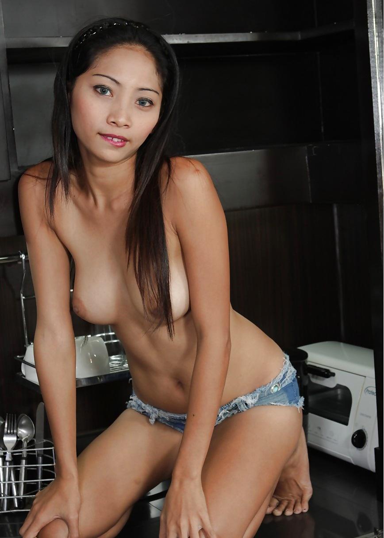 Hot asian girls photos and pics collection