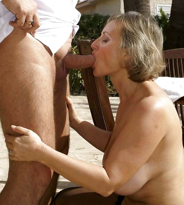 Amateur Granny Oral Sex She Still Gives Good Blowjobs