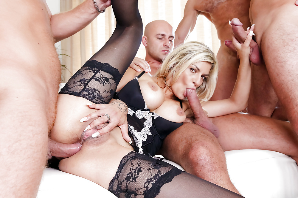 Blonde Milf Gets Loads Of Cum In This Nasty Gangbang