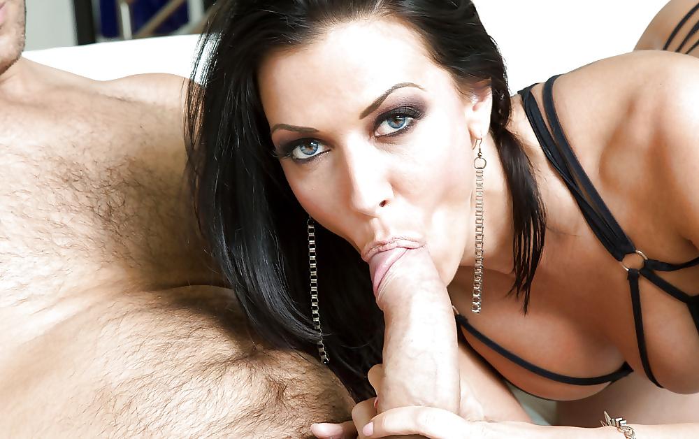 Brunette Rachel Starr Suck Cock For Cum