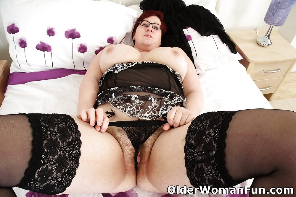 42 year old english wife on webcam 6