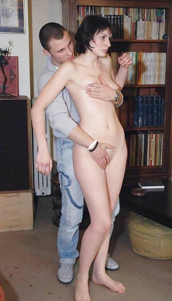 Порно жена раздевается перед мужем