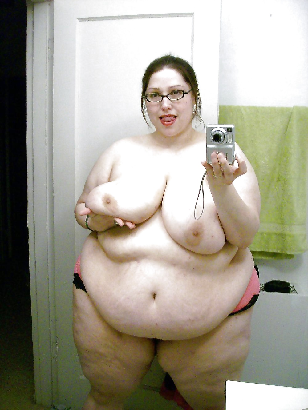 angry-naked-fat-woman