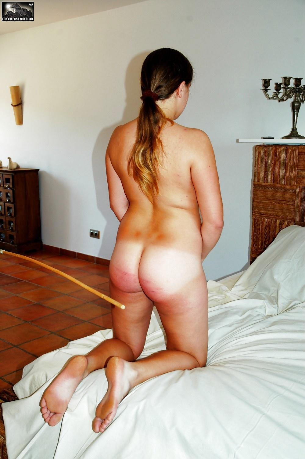 spanking-naked-hitmom-fuck-junior