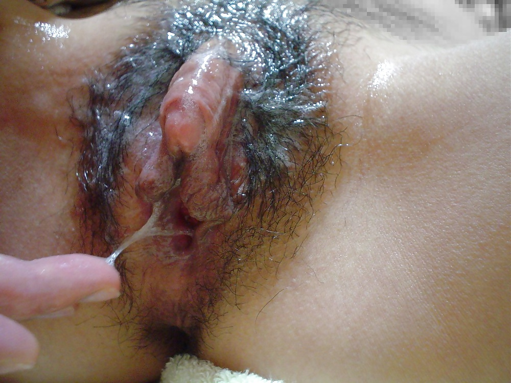 Asian pussy clit