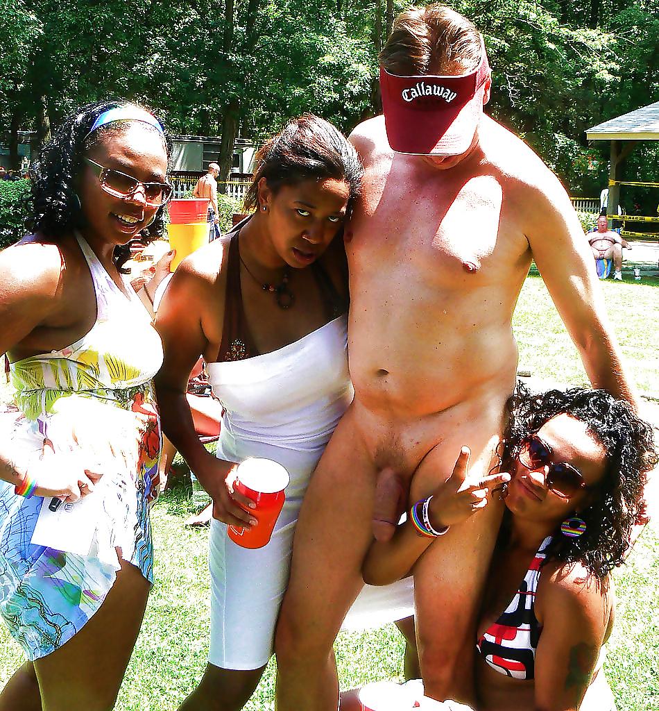 Nude man flashing their cock at women — photo 3
