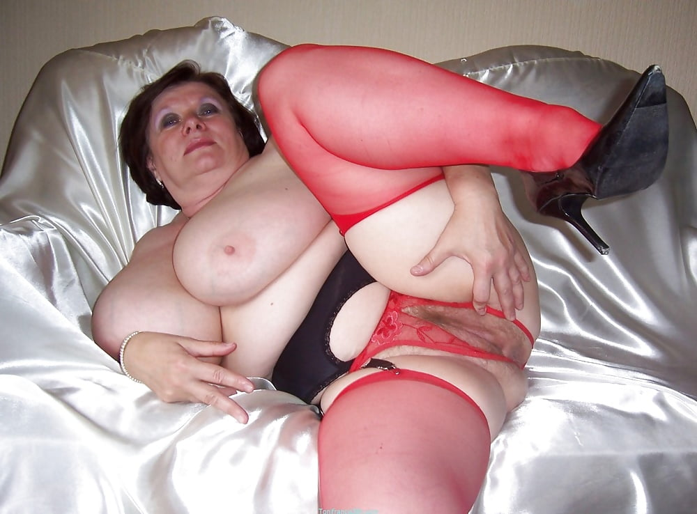 Chubby granny free picture — photo 2