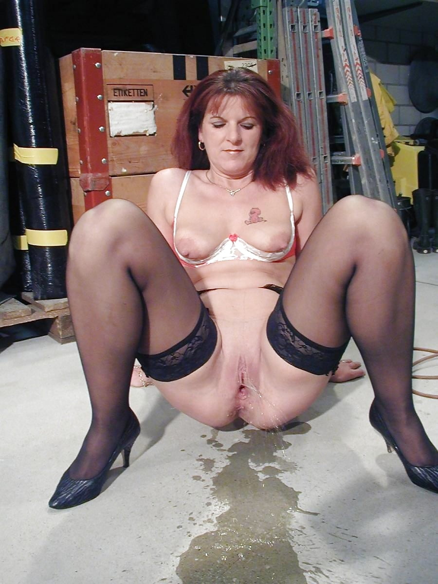 Hot mature women pissing images, www motherlaw sexvideo