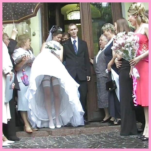 видеоролики со свадьбы под юбкой лежала чуть