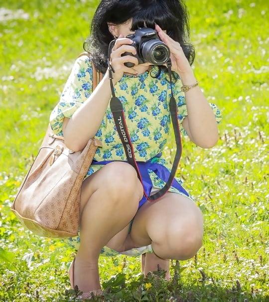 Женщины в трусиках на корточках фото — photo 15