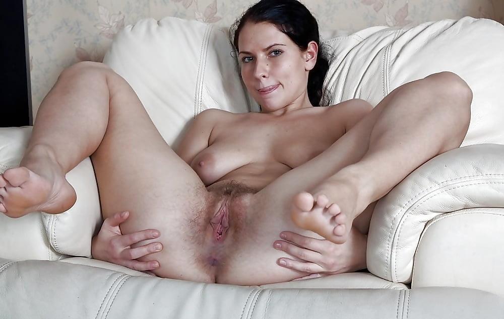 Женщины широко раздвигают ноги фото крупным планом — photo 4