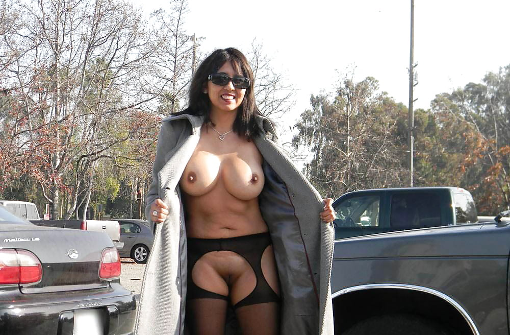 Naked girl with a coat on, tips and tricks on taking someones virginity