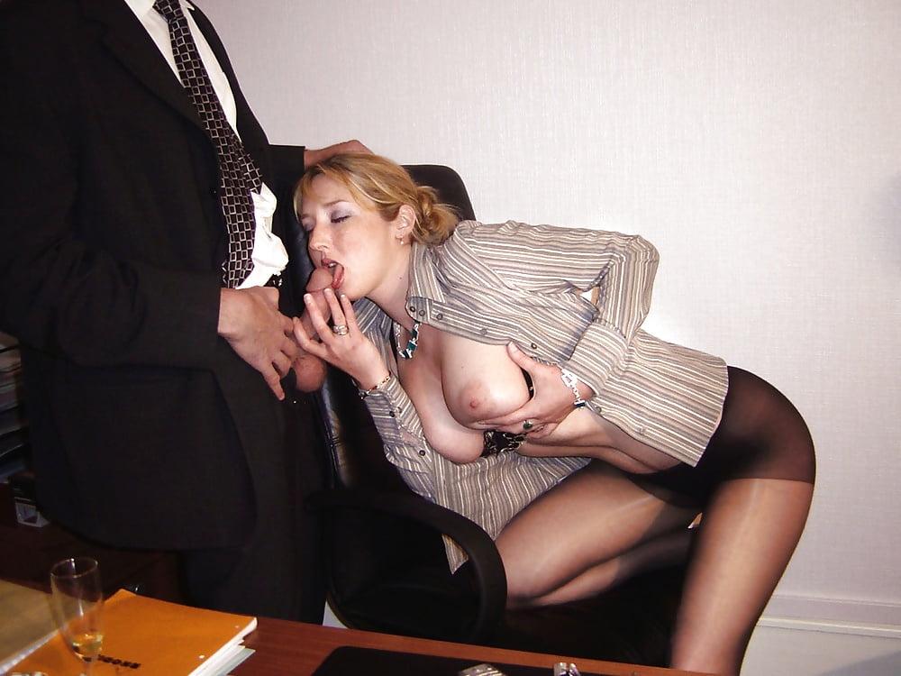 amateur-secretary-nude