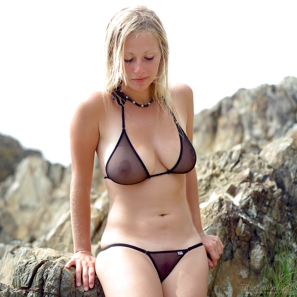 https://x3vid.com/images/56/56900/Babes_Beach_Blondes_Beach_Babe_Shelley_4458895-22.jpg