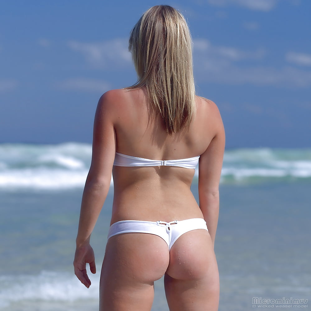 https://x3vid.com/images/56/56900/Babes_Beach_Blondes_Beach_Babe_Shelley_4458895-45.jpg