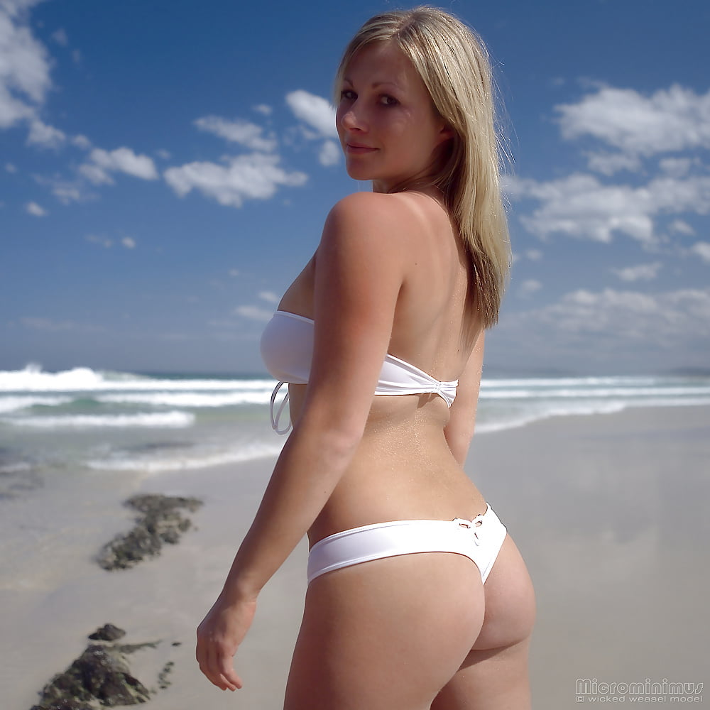 https://x3vid.com/images/56/56900/Babes_Beach_Blondes_Beach_Babe_Shelley_4458895-46.jpg