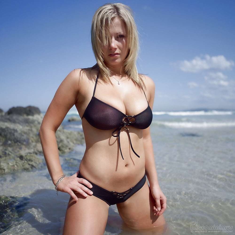 https://x3vid.com/images/56/56900/Babes_Beach_Blondes_Beach_Babe_Shelley_4458895-49.jpg