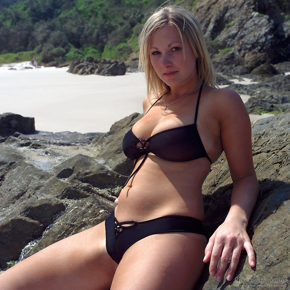 https://x3vid.com/images/56/56900/Babes_Beach_Blondes_Beach_Babe_Shelley_4458895-51.jpg