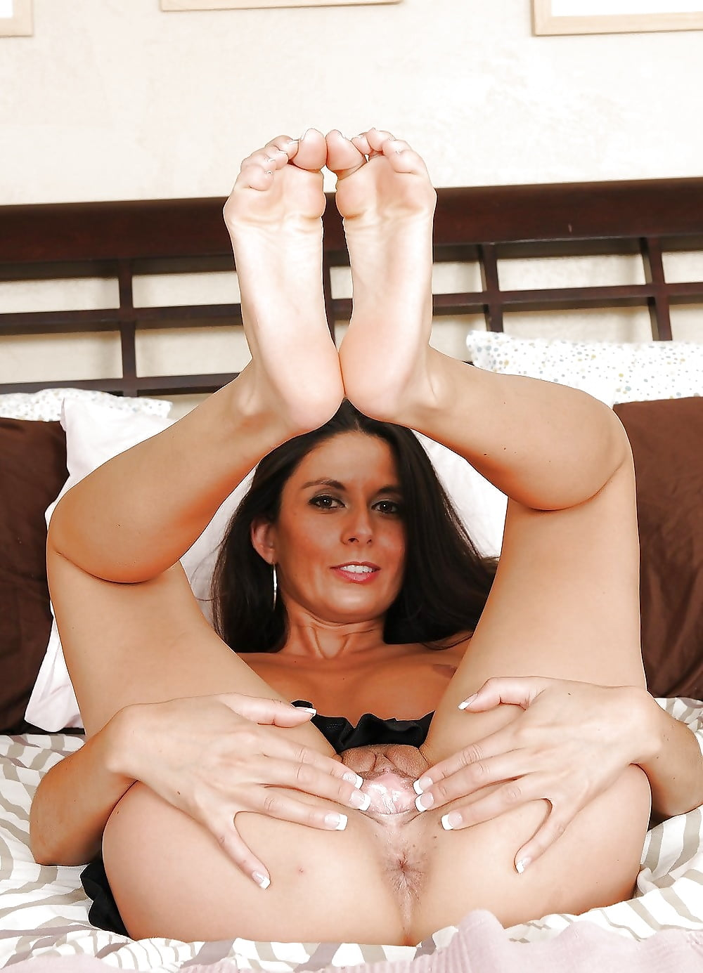 Milf Foot Party