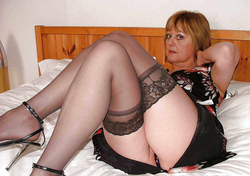 British Mature Women Galery Search