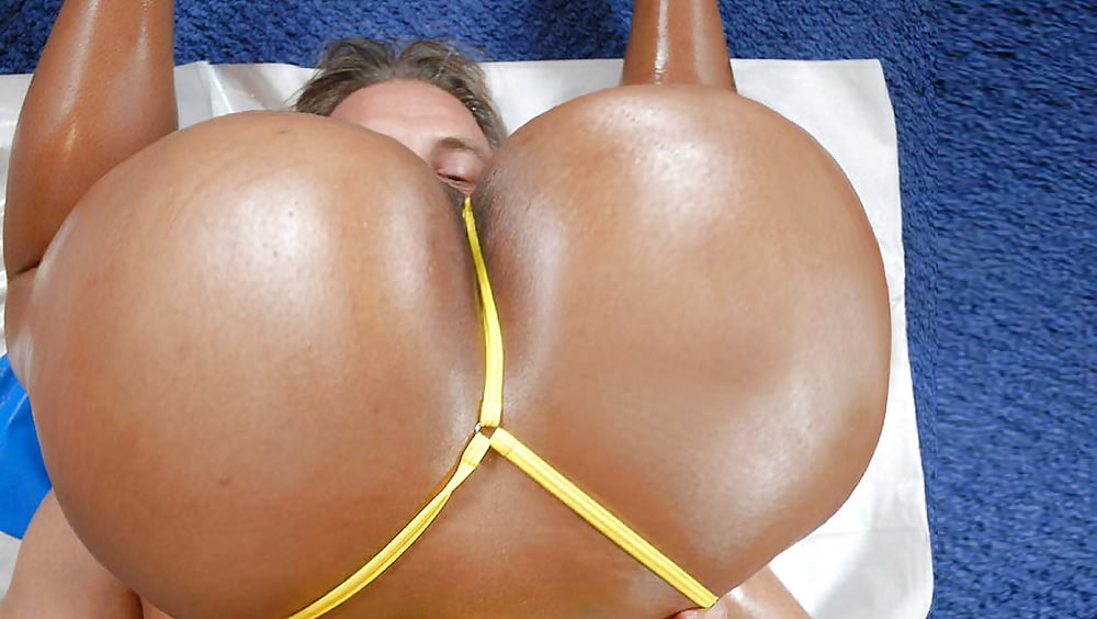 Jamie Brooks This Hot Babe Has Big Tits And A Beautiful Round Butt To Match