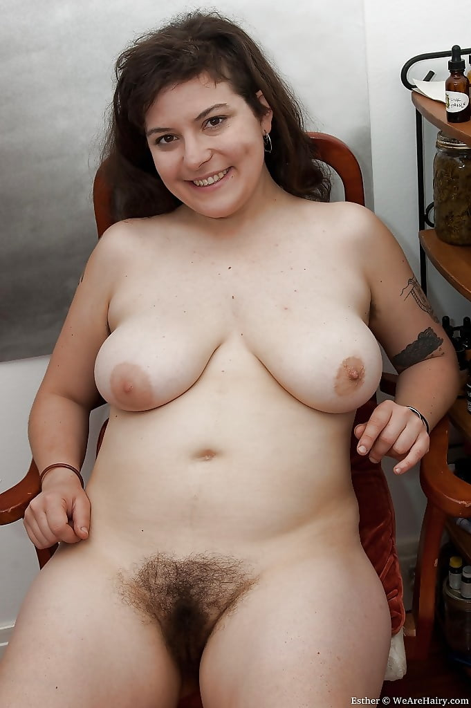 Chubby brunette hairy pussy