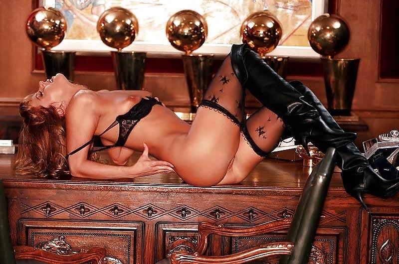 Jeanie buss nude photos