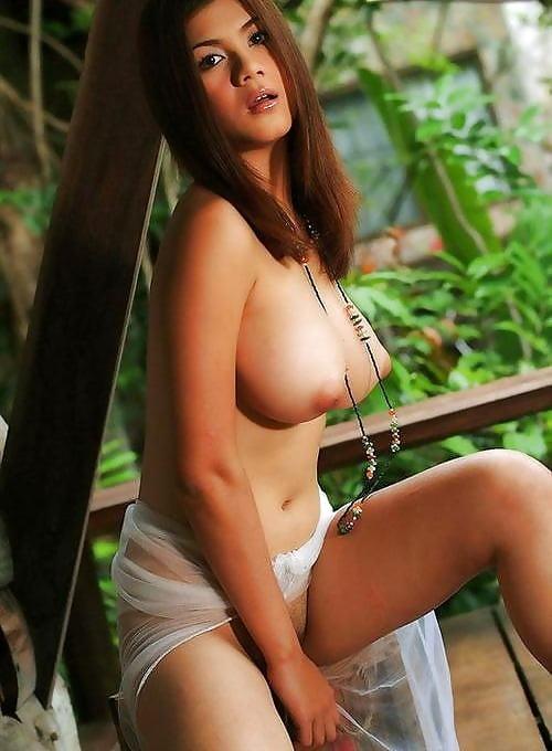 Nude pictures natt chanapa