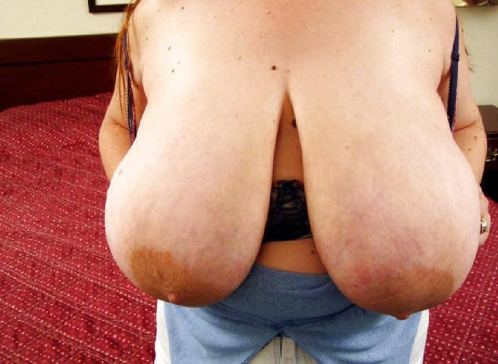 самая большая обвисшая грудь - 1