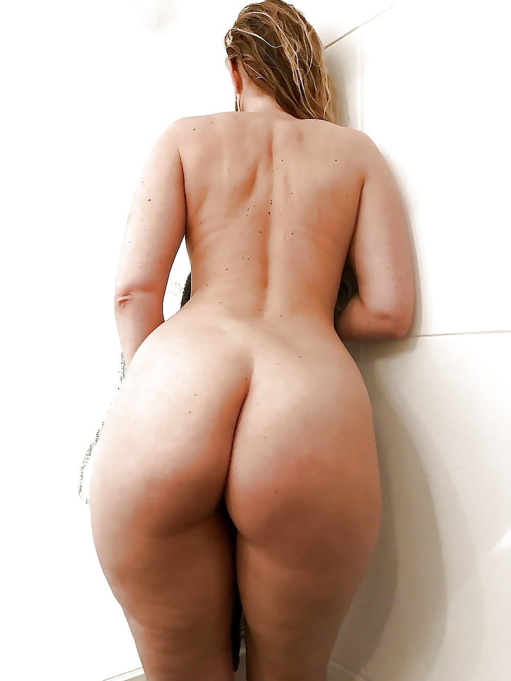 Plus Size Women Naked Butts