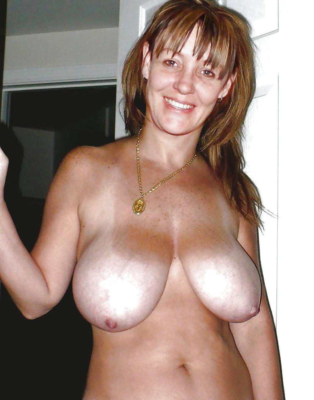 Порно зрелые с отвисшими грудями женщины фото порнозвездами