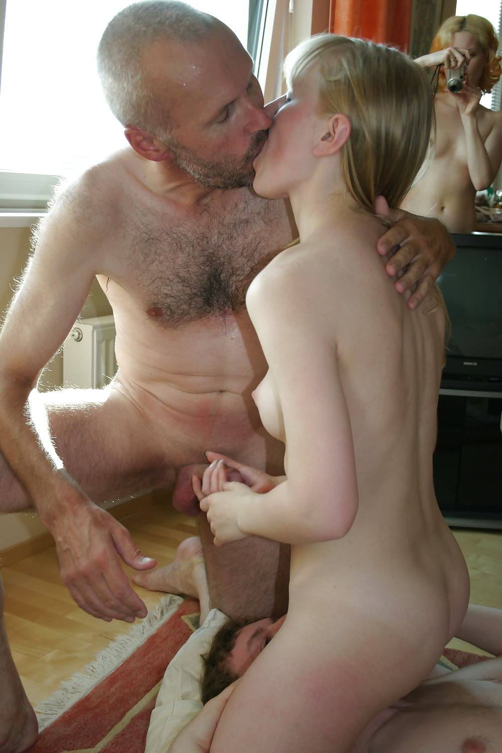 Tgp Daughter Muter Porn Boy Does Own Mother And Sister