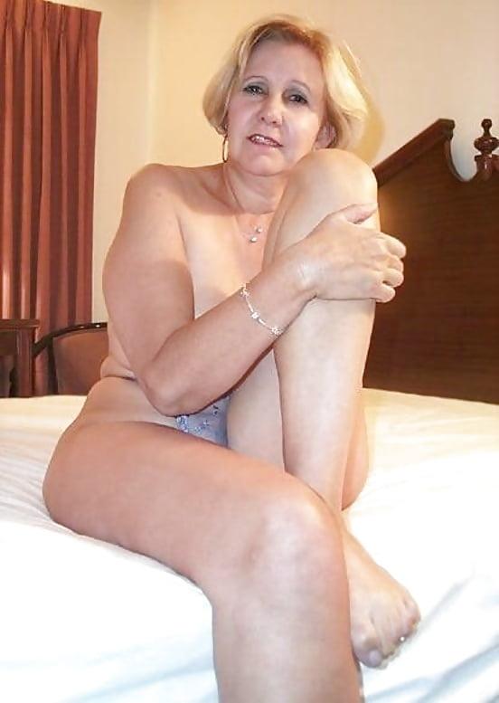 Naughty Horny Naked Cougars