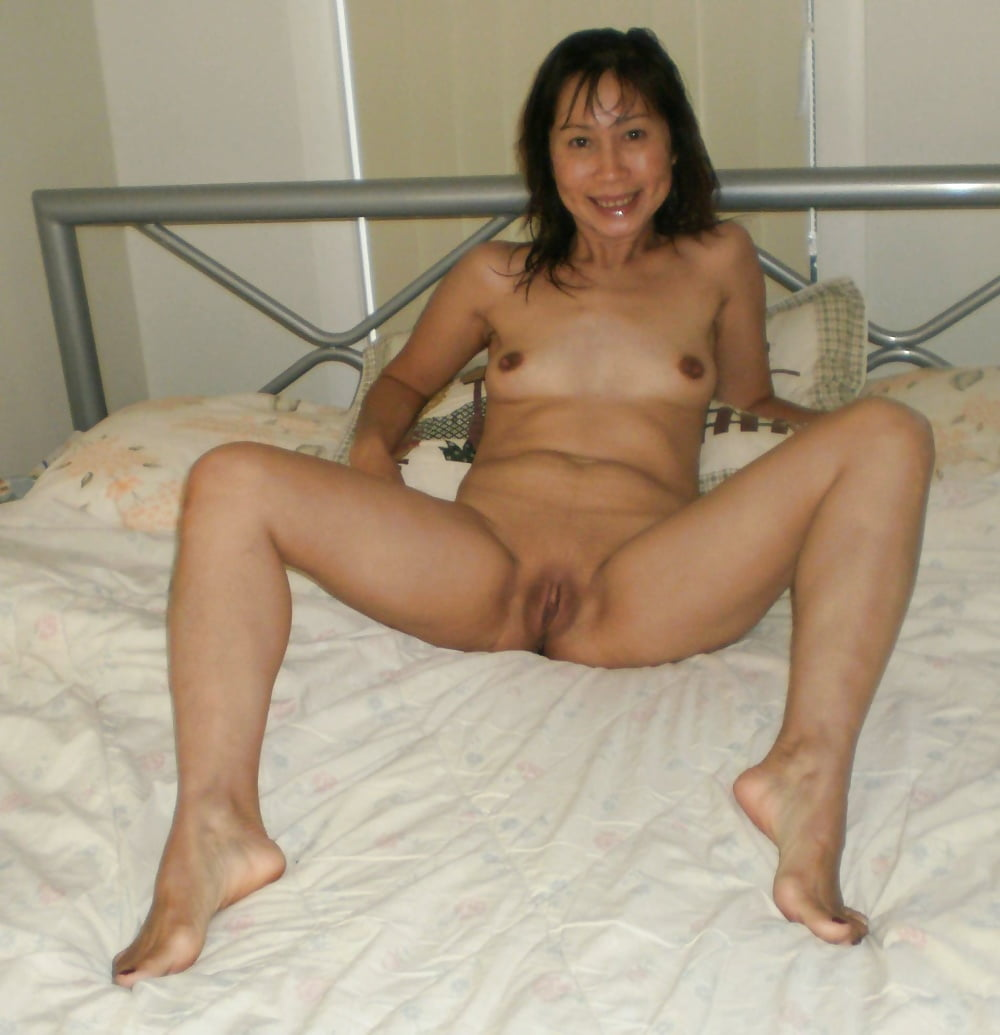 Nude Thai Mature