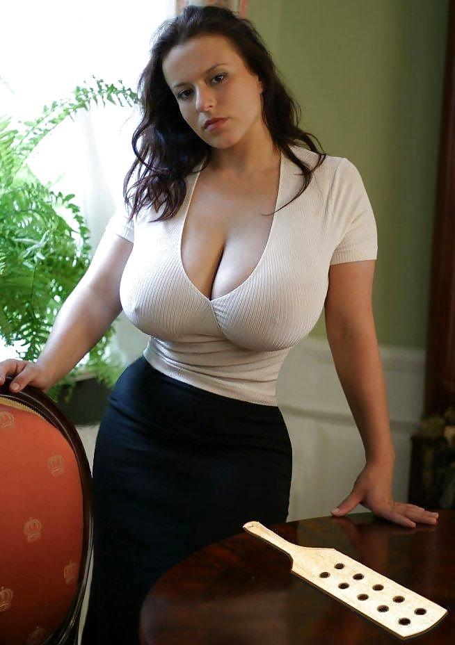 porno-zvezdi-samaya-sochnaya-mamochka-otkrovennie-eroticheskie-foto