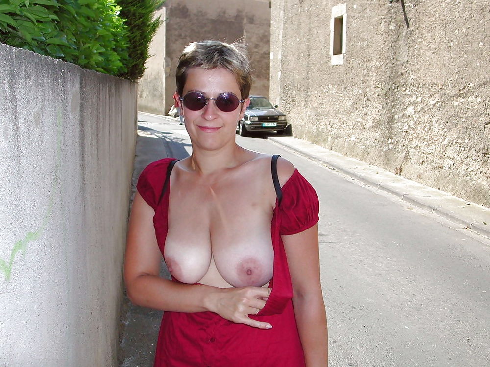 Selfie Tits Out Pics