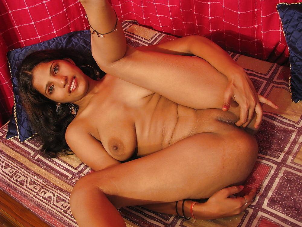 Beautiful Natural Naked Indian Women