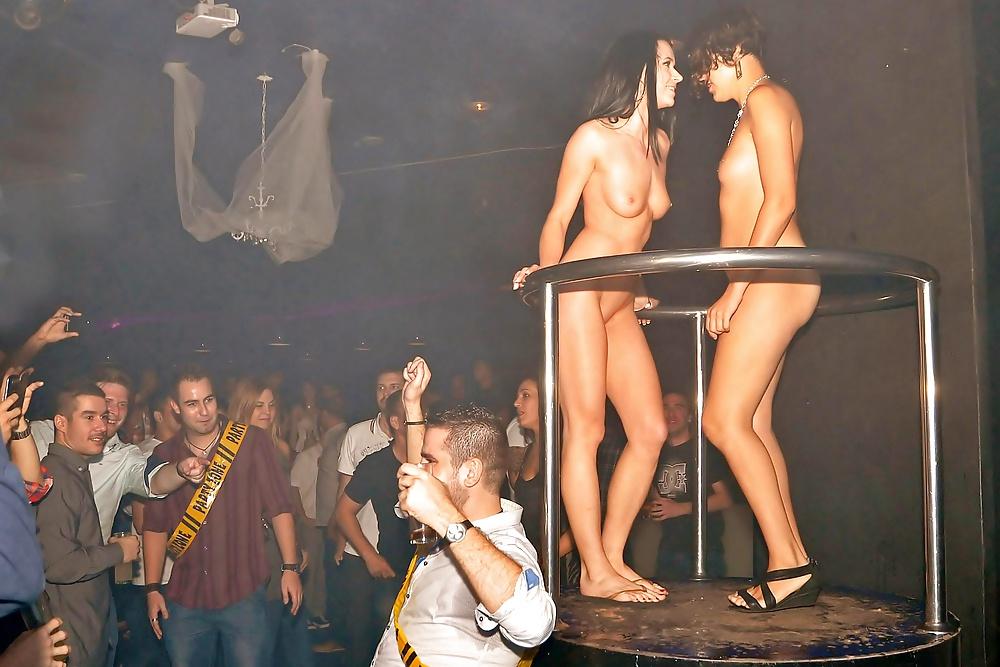 Sydney girl stripping
