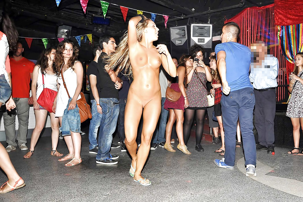 Brussels nude party