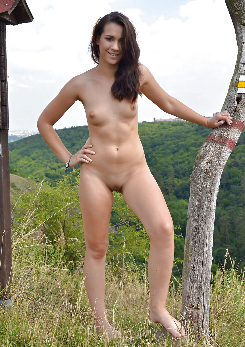 Photo going nude