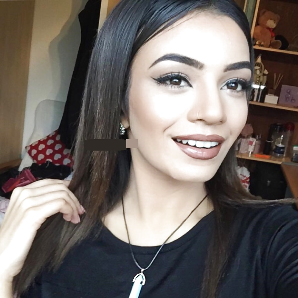 Pakistani girl threesome