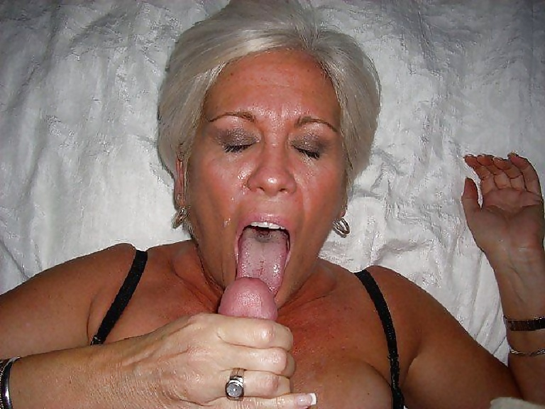Sexy granny loves to fuck hard with a huge cock xxx clip