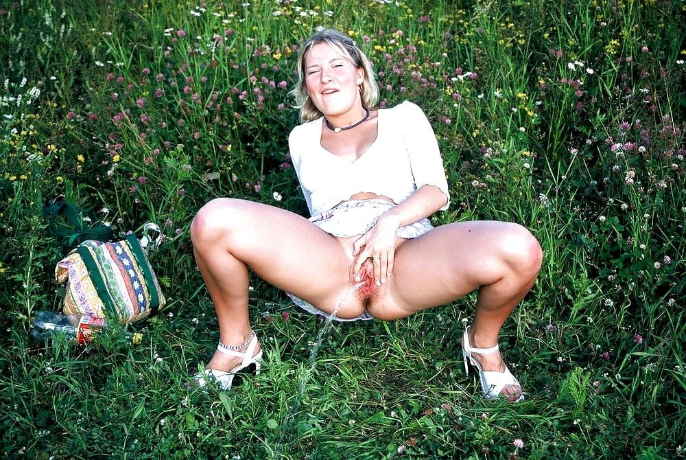 Peeing Porn Pics