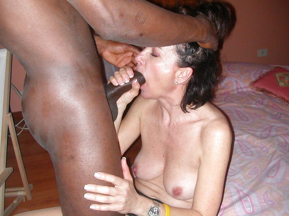 Wife suck black cocks